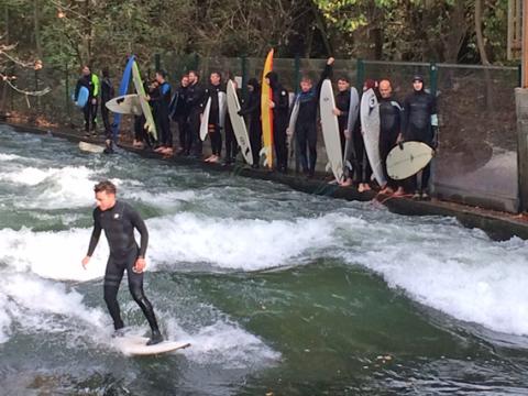 isar-surfer
